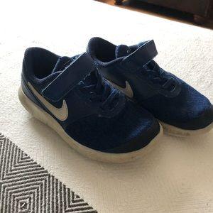 Nike boys size 12c